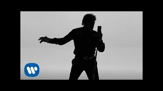 Johnny Hallyday - De L'Amour (Clip officiel) #DeLAmour