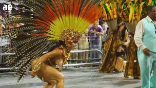 Unidos da Peruche temperam a avenida com a Bahia | Carnaval 2017
