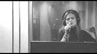 Nicole - Lagrimas de sal (R&P Studios: RTN Marzo 2007)