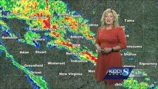 KCCI meteorologist gets Windows 10 upgrade surprise on live TV
