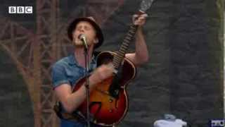 The Lumineers - Ho Hey at Reading Festival 2013