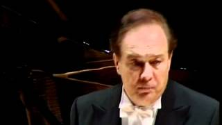 Ferruccio Furlanetto sings Winterreise (Erstarrung)