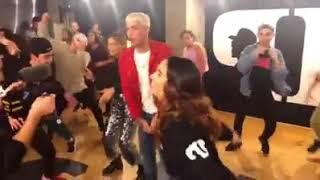 Leslie Grace y Noriel (Power Peralta) dance Duro y Suave