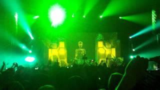 Skrillex Reptile's Theme Live Congress Theater 11/11/11