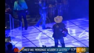 Las Noticias - Acuden cinco mil a primer concierto de La Leyenda