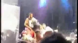 Madonna desmaia durante show