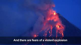 Timelapse: Mayon volcano spews lava and ash