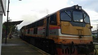 SRT. GEK 4008 ขบวนรถท้องถิ่นที่ 489 สุราษฎร์ธานี-คีรีรัฐนิคม ออกสถานีรถไฟสุราษฎร์ธานี