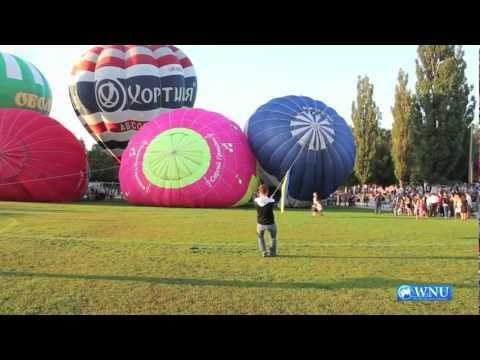 International Balloon Festival Celebrates 20th Anniversary of Ukraine's Independence up in the Air