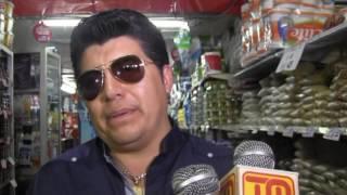 Gerardo Moran en el Super Market Rosita