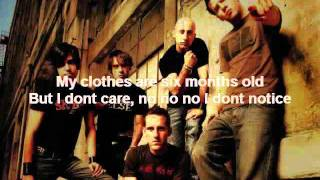 Simple Plan- Can't Keep My Hands Off You (Feat. Rivers Cuomo) (Lyrics video)