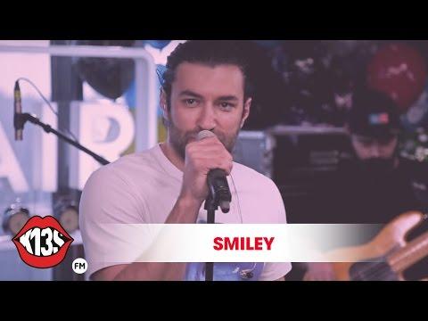 Smiley - P. O. H. U. I. (Cover)