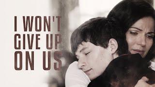 regina/henry | I won't give up on us