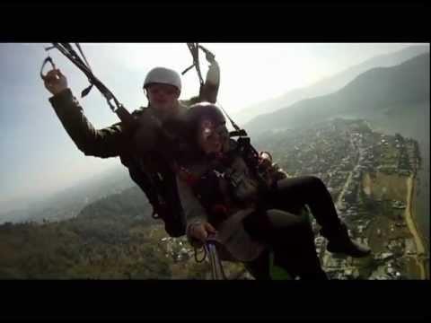 Paraglide in Pokhara, Nepal