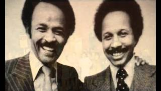 TOMMY BUTLER Feat. ERNIE BANKS & CARLTON WILLIAMS - PULLING TOGETHER