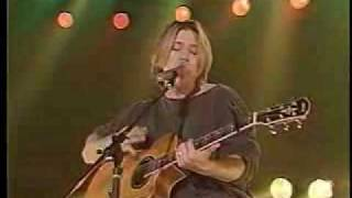 Goo Goo Dolls - Girl Right Next To Me (Live)