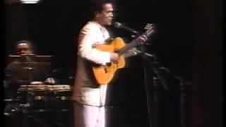 RAUL INDIPWO - À BEIRA MAR