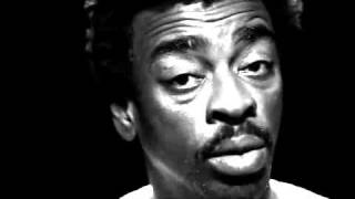 """Seu Jorge recita """"Negro Drama"""", dos Racionais"""