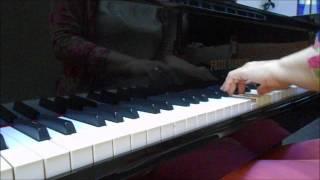 Há momentos em que as palavras não resolvem (piano e voz)