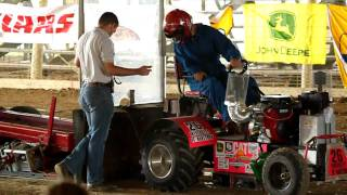 ASABE Quarterscale Tractor Competition 2010 Manitoba 1