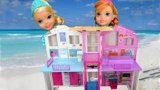BEACH HOUSE ! Elsa & Anna toddlers visit Barbie's Ocean Home - Water fun
