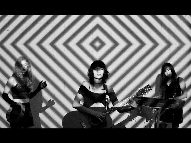 video oficial del tema heart of darkness de l.a.witch