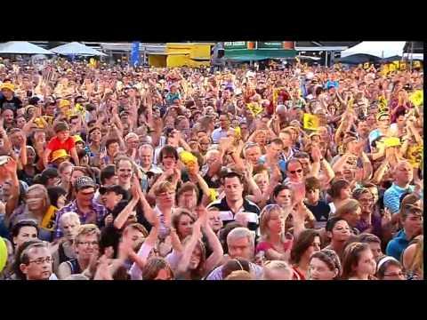 milk-inc-breathless-chasing-the-wind-live-vlaanderen-muziekland-20-08-10-rob-van-wingerden