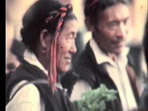 HISTORY of NEPAL 1978 tibetan  at  boudhanath Kathmandu