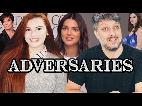 "Kendall Jenner ""Comes Out"" and Fiji Water Girl™️ 