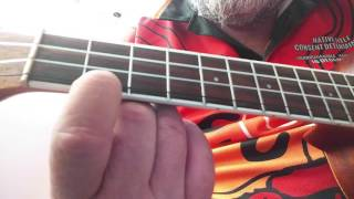 NATURAL MYSTIC - Bob Marley, Left-hand Ukulele tutorial + Chords (Reggae)