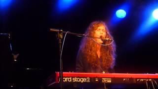 Rae Morris - Grow live (Leeds, The Cockpit)