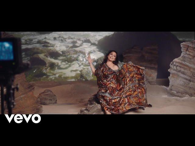 Vídeo de la canción Del Olvido No Me Acuerdo de Isabel Pantoja