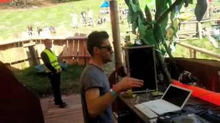 Elfo play Dirty Summer Waves at Hai in Den Mai Festival 2013
