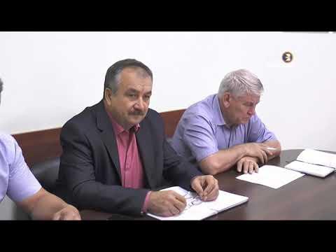 Глава администрации района провел встречу с предпринимателями
