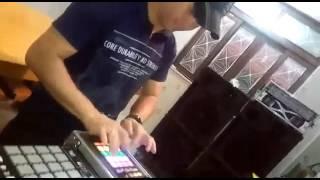 DJ-ELLECTROUS#Traktor Kontrol F1/SEGURA O DEDO QUE AQUI EU NÃO PARO