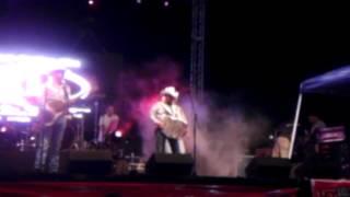 Los Herederos De Nuevo Leon - No Decidas Por Mi (Live)