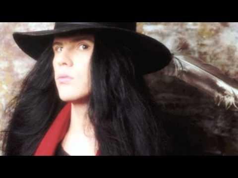 The Saint de The Cult Letra y Video