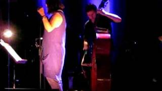Cristina Branco - sings Zeca Afonso in Grandola 07_2009