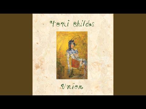 Tin Drum de Toni Childs Letra y Video
