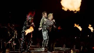 Relight My Fire - Take That (Wonderland Live)