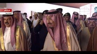 الملك سلمان يستقبل ضيوف الحفل الختامي لمهرجان للإبل