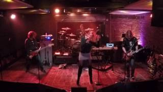 The Dead Weather - I Feel Love (Cover) at Soundcheck Live / Lucky Strike Live