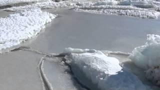 Sea ice sounds