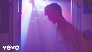 Troye Sivan - YOUTH (Official Video) width=