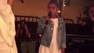 Jhené singing promises with her daughter Nami (2015)