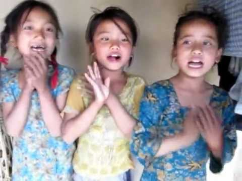 2012 Nepal – Girls singing