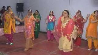 Gidda - Folk Dance (Lohri celebrations,IMA Bhiwani,13.1.2011)
