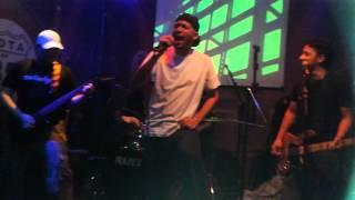 Raimundos Cover BH - I Saw You Saying 19/07/12