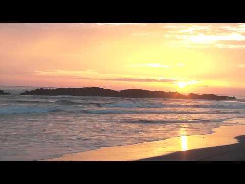 nicaragua sunset at playa de transito
