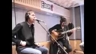Kasabian - Shoot The Runner (Acoustic)